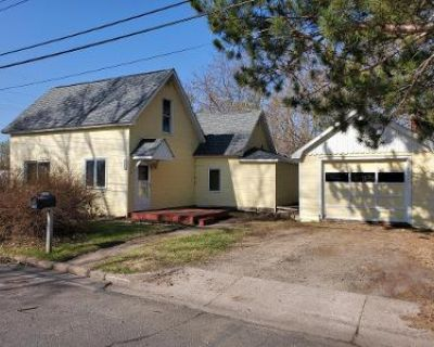 3 Bed 1 Bath Foreclosure Property in Lindstrom, MN 55045 - Park St
