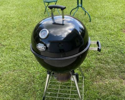 Expert Charcoal Kettle Grill