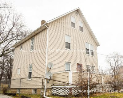 Upstairs 2 Bdrm Duplex in Akron. - Coming Soon!