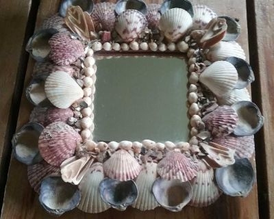 Cool shell mirror