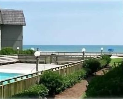 Newly Renovated! Tiled Showers, Floors, Carpet, Granite, Stainless Appliances - Myrtle Beach