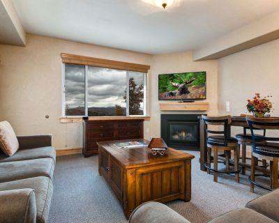 Silverado Lodge 226 Oversized upscale 1 Bedroom 2 full bath, sleeps 5. - Park City
