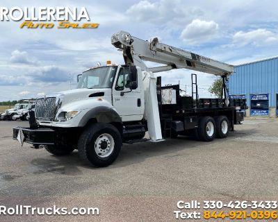 Used 2003 International 7600 Crane Truck