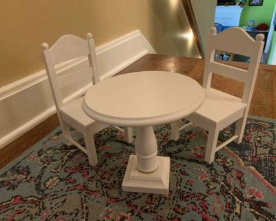 Table and chairs for 18 dolls