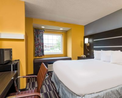 Microtel Inn & Suites by Wyndham Dayton/Riverside OH - Riverside