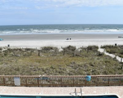 SEA MARSH I - #203 Oceanfront 3BR/3BA-OWNER OPERATED-- GREAT REVIEWS, WI FI - Cherry Grove Beach