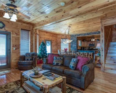 Starry Nights Lodge, 5 Bedrooms, Sleeps 18, Hot Tub, View, Gaming, Pets - Chalet Village