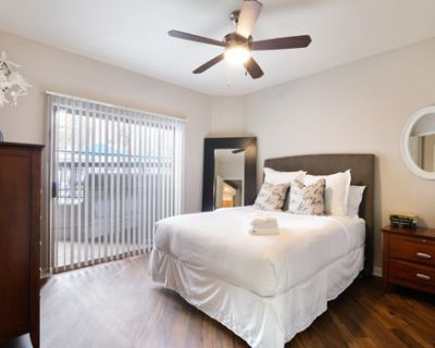 Luxury Scottsdale Suite