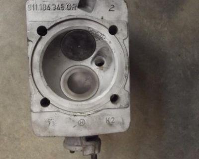 Porsche 911 2.7 Liter CIS Cylinder Head
