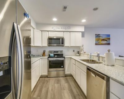 NEW LISTING 2021! Lots of amenities and just a short drive to the beach! Perfect getaway, book today! - Bethany Beach