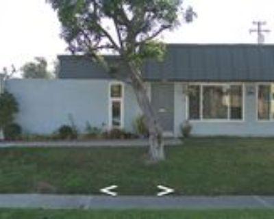 2116 N Derek Dr #D, Fullerton, CA 92831 2 Bedroom Apartment