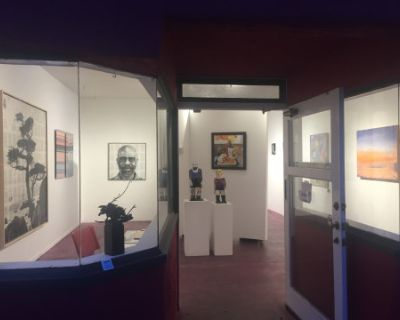 Cute Art Gallery Space Available for Small Events and Workshops, Santa Monica, CA