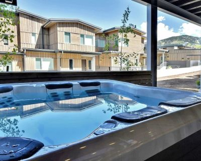 Private Hot Tub-4Br/4.5Ba Residence in Canyons Village - Park City