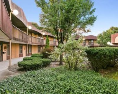 1441 S Van Dyke Rd #A, Appleton, WI 54914 2 Bedroom Condo