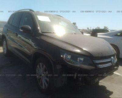 Salvage Black 2017 Volkswagen Tiguan