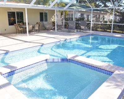 REMODELED POOL HOME, 1 MILE FROM THE BEACH, 3 BED 2 BATH, HEATED POOL AND SPA - Bonita Shores