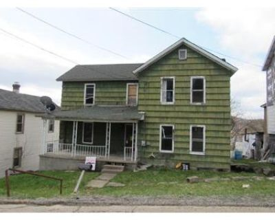 3 Bed 1 Bath Foreclosure Property in Johnsonburg, PA 15845 - 3rd Ave