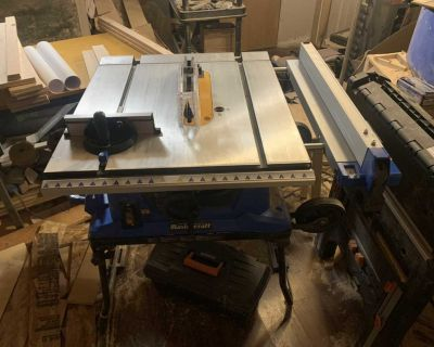 Mastercraft 10 portable table saw with stand