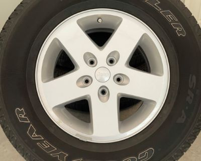 FS/FT Set of wheels/tires for Jeep Wrangler - great condition