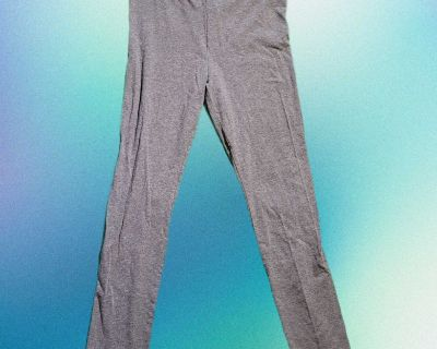 Forever 21 Leggings Cropped Grey XL Used