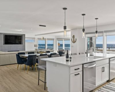 Ultra Coastal Luxury, Sweeping Oceanic Views, All Bedrooms w/ En Suite Bathrooms, Hot Tub & Fire-pit - Rockaway Beach
