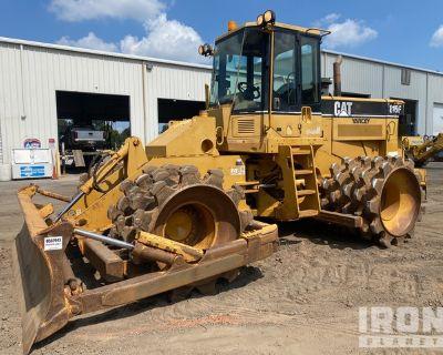 2005 Cat 815F Soil Compactor