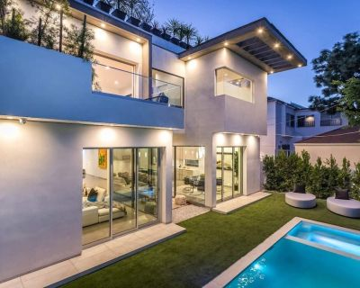 Ultra Design property with pool/jacuzzi &rooftop - Fairfax District