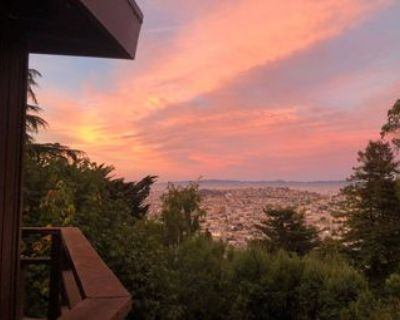 1 room available at The Beacon in SF (sublet or long-term)!