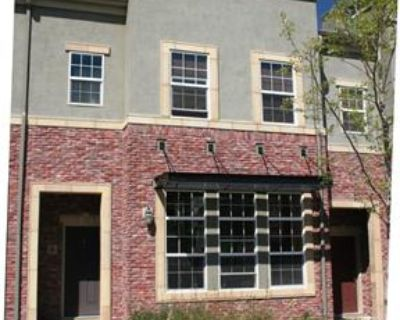 Townhome in Highlands Ranch