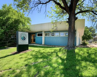 Professional/Medical Office for Lease