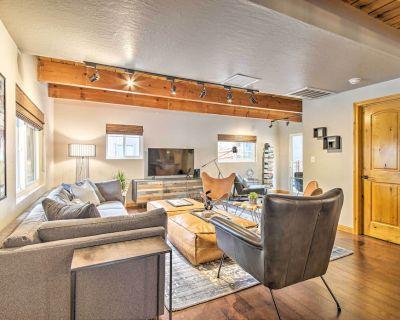 Modern Mtn Home w/ Hot Tub, 1Mi to Big Bear Resort - Upper Moonridge