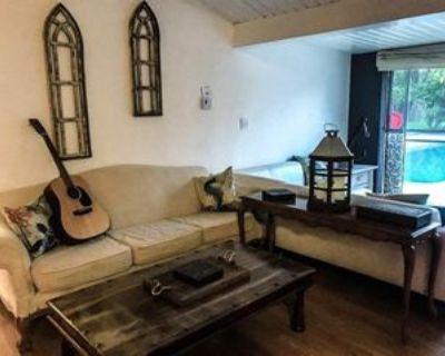 18002 Calvert St #A, Los Angeles, CA 91316 Studio Condo