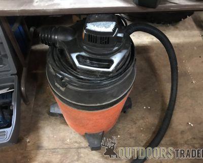 FS Shop vacuum