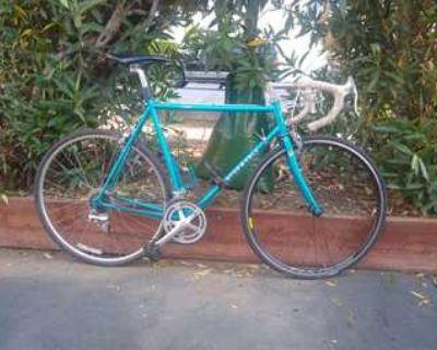 Vintage road bike excellent condition
