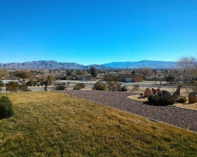 Room4Rent in Apple Valley CA Panoramic View and Optimally Located!
