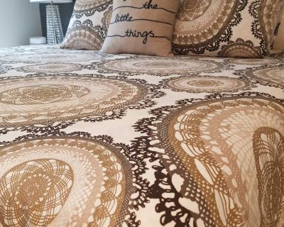 IKEA King Duvet and Pillow Covers