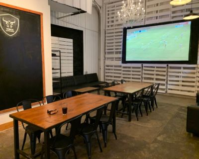 Downtown Coffee House Meeting Space w/ Projector, Screen and Chalk Board!, Houston, TX
