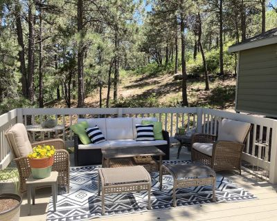 House on secluded, private lot - Woodmen Valley