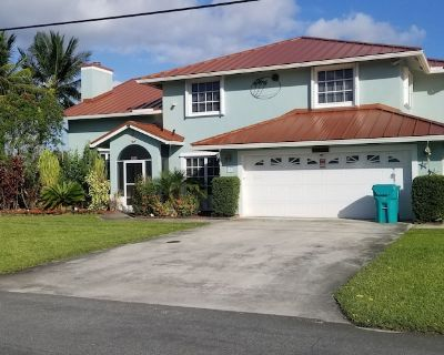 Relax at My Pool Home Watch the boats go by Read Reviews - Boynton Beach