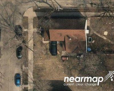 5 Bed 1.0 Bath Preforeclosure Property in Milwaukee, WI 53206 - N 9th St