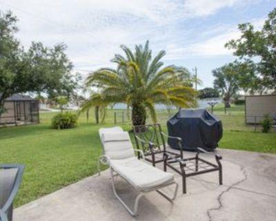 301 Se 1st St #1, Cape Coral, FL 33990 4 Bedroom Apartment