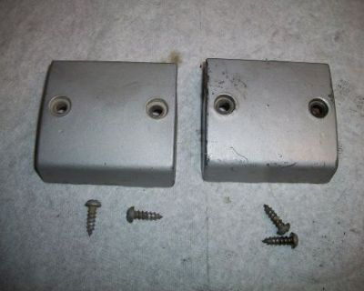 1976 Evinrude Johnson 75hp 3 Cyl Outboard Motor Mid Section Lower Mount Covers