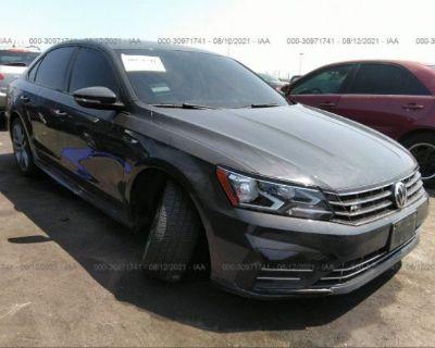 Salvage Gray 2018 Volkswagen Passat