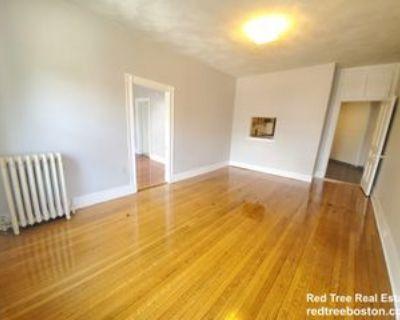 11 Park St #5, Brookline, MA 02446 4 Bedroom Apartment