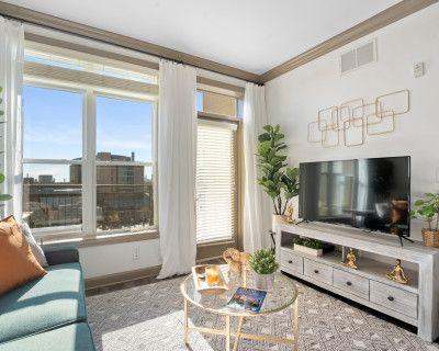 Luxury Downtown apartment with Sky views, Atlanta, GA