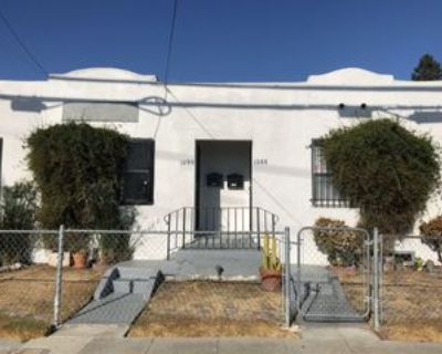 1090 28th St, Oakland, CA 94608 Studio Apartment