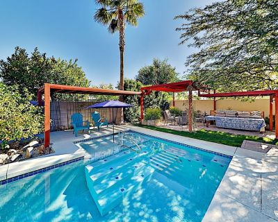 Desert Park Estates Home - Backyard Paradise with Pool, Hot Tub & Firepit - Desert Park Estates