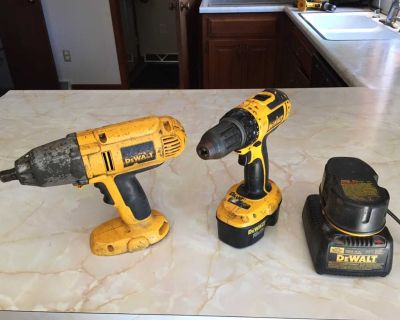 DeWalt drill, impact and 2 batteries and charger