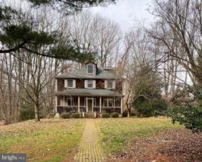 805 Owls Nest Rd, Wilmington, DE 19807 5 Bedroom House