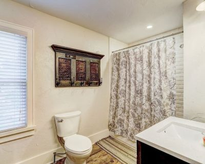 Luxury Capitol Home Slp16 Office & Hot Tub - Lincoln Terrace